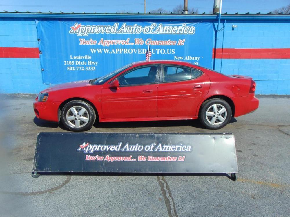 2008 Red Pontiac Grand Prix (2G2WP552781) with an V6 3.8 Liter engine, Automatic, 4-Spd w/Overdrive transmission, located at 2105 Dixie Hwy, Louisville, KY, 40210, (502) 772-3333, 38.221058, -85.792671 - Photo #0
